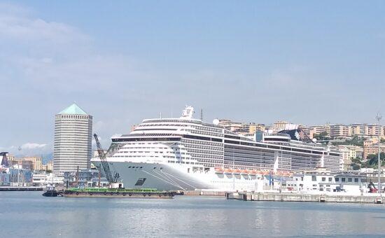 Nave Msc a Genova